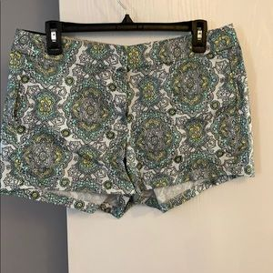 JCrew 3 1/2 inch paisley pattern shorts 🌻 NWT!